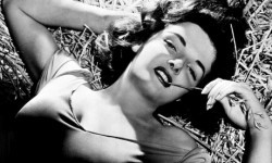 Jane-Russell-in-a-publici-007-250x150